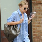 The always stylish Ashley Olsen loves her Gizeh Sandals