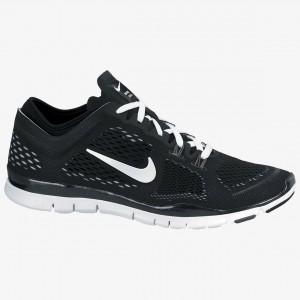 Nike-WomensFreeTR4BlackWhite-24217754